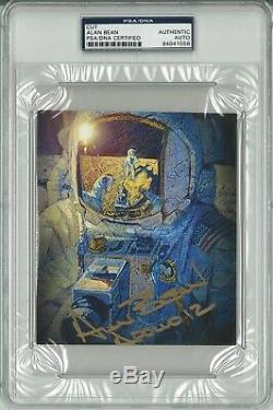 Alan Bean Signed Photograph Psa Dna Slabbed 84041056 Apollo 12