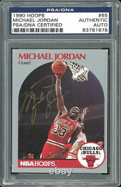 Bulls Michael Jordan Authentic Signed 1990 Hoops #65 Card PSA/DNA Slabbed