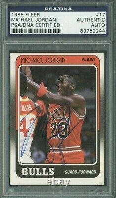 Bulls Michael Jordan Authentic Signed Card 1988 Fleer #17 PSA/DNA SLABBED