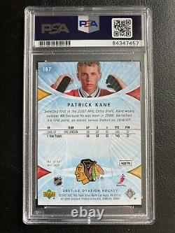 Patrick Kane AUTOGRAPHED SIGNED PSA/DNA Slabbed 2007-08 Ovation Rookie Card